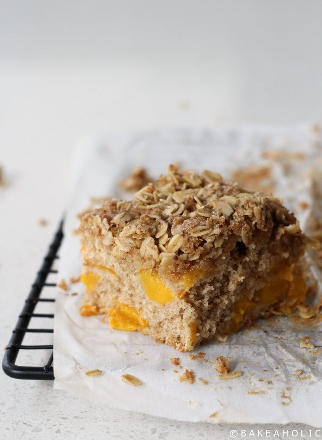 Peach Crumb Cake - Bakeaholic.ca