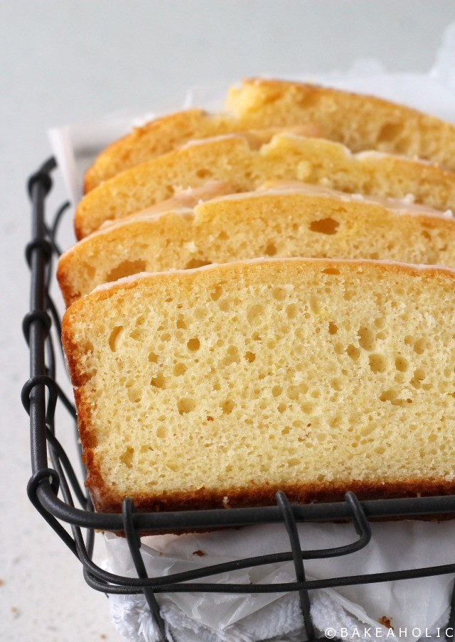 Lemon Loaf // Bakeaholic.ca