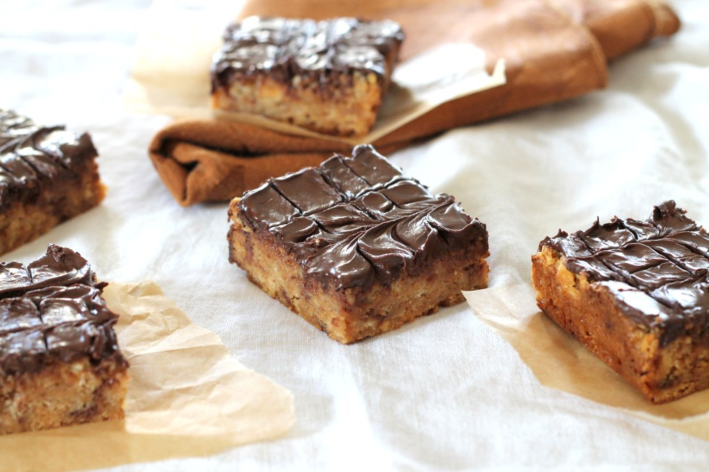 These Toffee Ritz Bars only have four ingredients and come together in a few minutes. This easy recipe is chewy, sweet, and chocolatey!