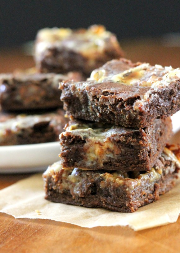 These Chocolate Rolo Bars have a layer of sweetened condensed milk in the middle, making them ultra fudgy and gooey! This easy recipe will satisfy any sweet tooth.
