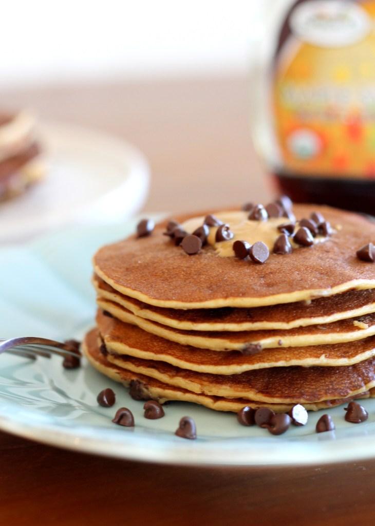 Banana, Peanut Butter, & Chocolate Chip Protein Pancakes | Bakerita.com