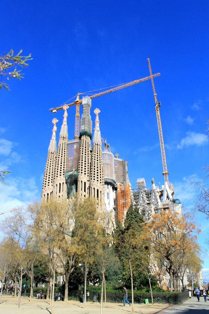 Sagrada Familia in Barcelona | Bakerita.com