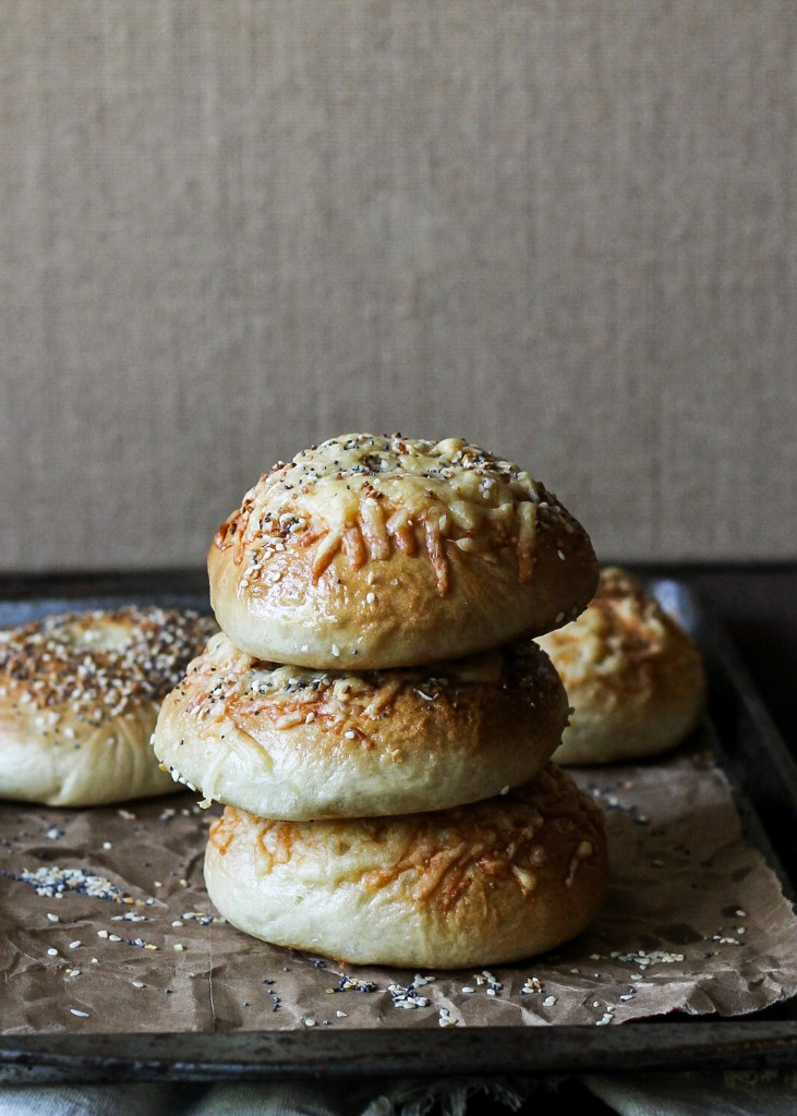 Homemade Asiago Everything Bagels | simpler and quicker than you'd think, and the result is so worth it! Recipe from bakerita.com