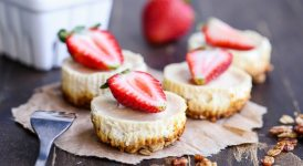 Greek Yogurt Cheesecakes with Granola Crust (Gluten Free + Refined Sugar Free)