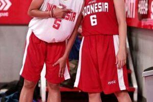 Tata-Regita Bantu Timnas Basket Putri Indonesia Kalahkan Vietnam