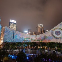 Versi Baru Spektakuler A Symphony of Lights dan Hong Kong Pulse Light Show Diresmikan