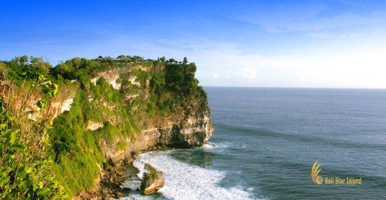 Uluwatu Temple | Bali Hindu Temple on Cliff
