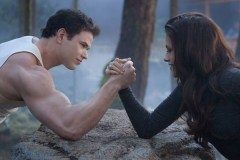 Twilight Saga Breaking Dawn 2