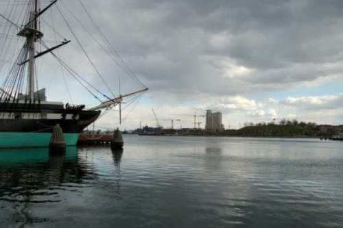Baltimore_inner_harbor (1)