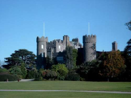 """Malahide Castle"". Licensed under CC BY-SA 3.0 via Wikimedia Commons - https://commons.wikimedia.org/wiki/File:Malahide_Castle.jpg#/media/File:Malahide_Castle.jpg"