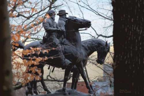 Lee & Jackson Monument