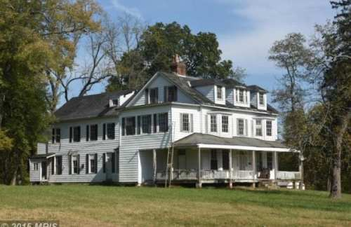 old:farmhouse