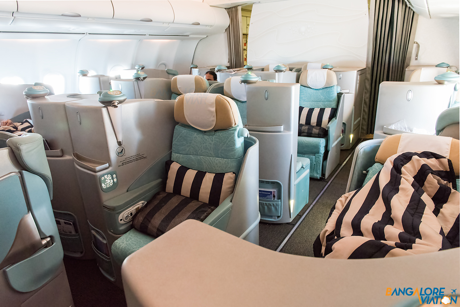 Inflight review  Etihad Business Class  Airbus A340-600  Bangalore    Etihad Business Class A340