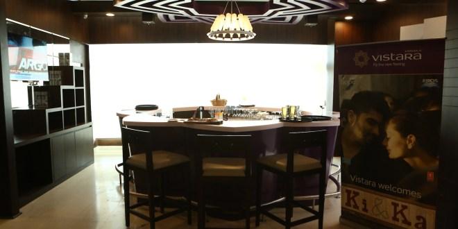 The Star Bar at the Vistara Lounge, New Delhi. Photo courtesy Vistara.