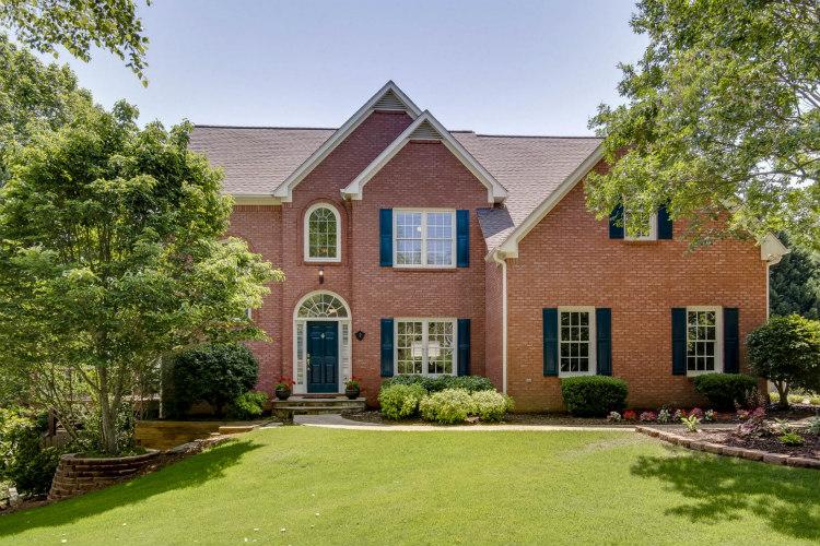 3350 Bluff Oak Ct - Home for Sale with Full Basement in Cumming GA