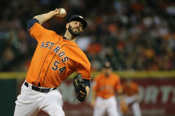 Mike+Fiers+Los+Angeles+Dodgers+v+Houston+Astros+GEOFLQ4bTx9l