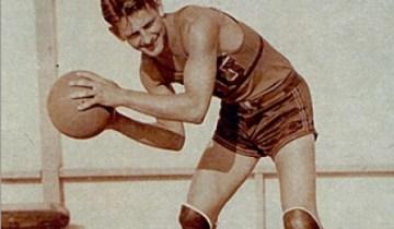 Ossie Schectman, autore del primo canestro dell'NBA