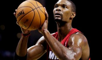 Miami Heat's Chris Bosh shoots a free throw during the first half of an NBA basketball game against the Memphis Grizzlies in Memphis, Tenn., Sunday, Nov. 11, 2012. The Grizzlies won 104-86. (AP Photo/Danny Johnston)