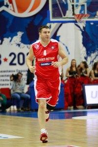 Gerasimenko in azione, il suo fisico ricorda il Big Baby dei tempi d'oro.