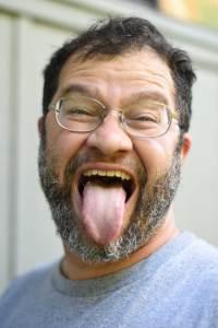 Jonathan-Eisen-funny-headshot