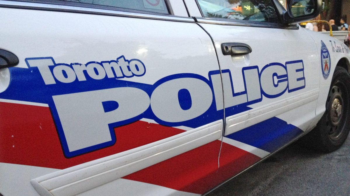 Person with a knife reported at Bayview & Millwood