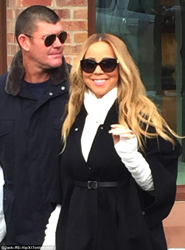 PHOTOS: Mariah Carey loved up in Aspen with billionaire beau James Packer