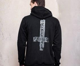 hoodies_blackjack_kreuz_detail01