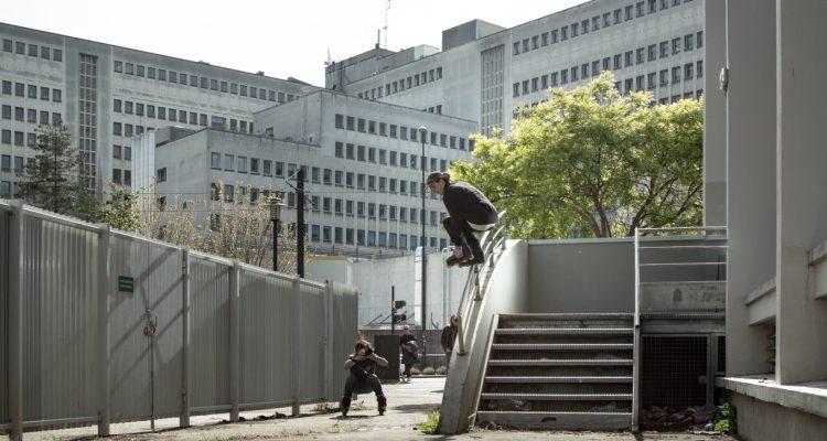 Burston.Rolling to Backslide. Photo Ronan Algalarrondo