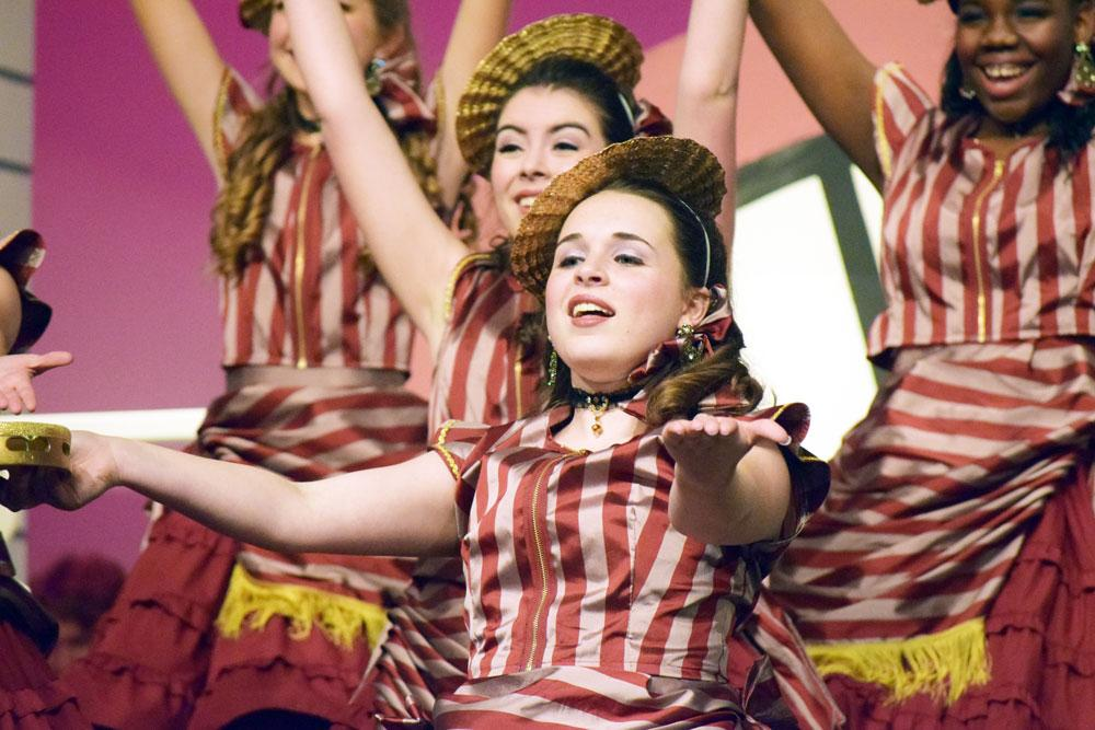feature-image-show-choir