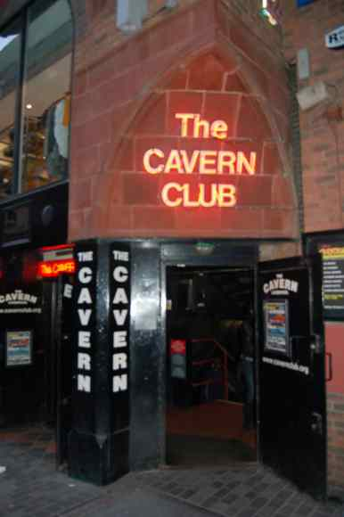 2010_cavern-club-liverpool_01