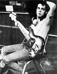 SMG_Paul_McCartney_Fender_Jazz.jpg