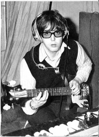 File:Mccartney-specs 7.jpg