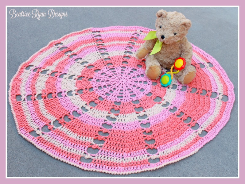 Crochet Patterns Using Sweet Roll Yarn : Sugar Wheel Baby Blanket? Free Crochet Pattern!!