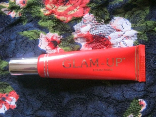 Glam Up Powder Cream