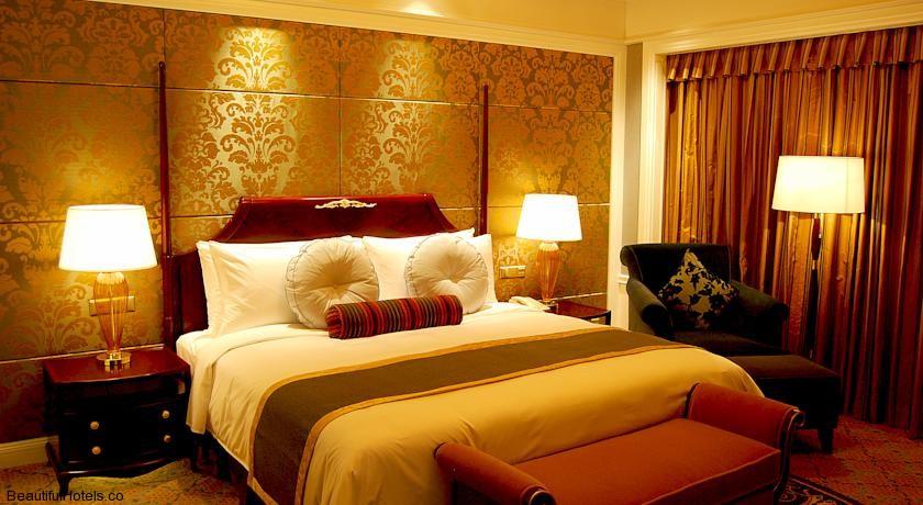 Grand Central Hotel Shanghai (Shanghai, China) *****