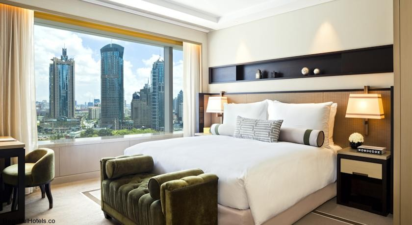 IFC Residence (Shanghai, China) *****