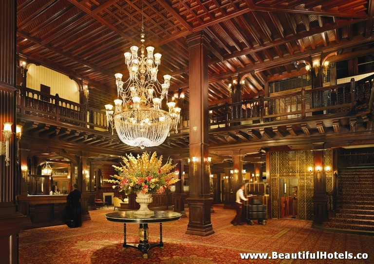 top-10-halloween-hotels-del-coronado-san-diego-usa-hotel-picture