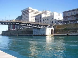 Taranto (2)