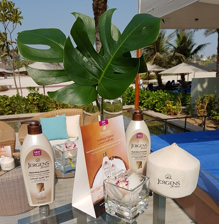 jergens-hydrating-coconut-body-lotion-7