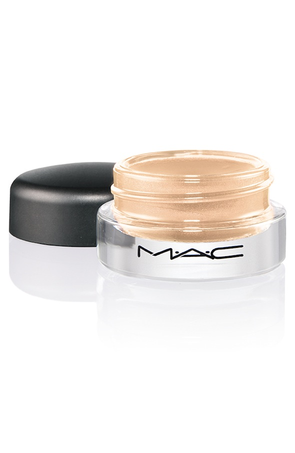 ProLongwear PaintPot ChilledOnIce 72 Introducing MAC Pro Longwear Paint Pot Collection