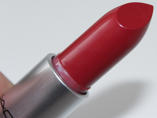 mac apres chic lipstick MAC Apres Chic Swatches