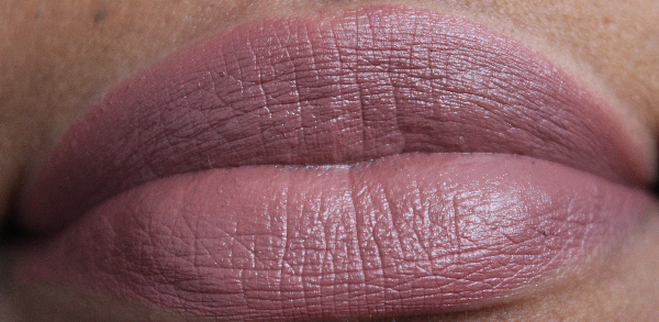 mac hot chocolate lip swatch MAC Apres Chic Swatches