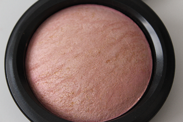 mac porcelain pink MAC Apres Chic Swatches
