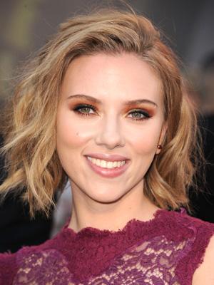 Scarlett_Johansson+Feb_27_2011