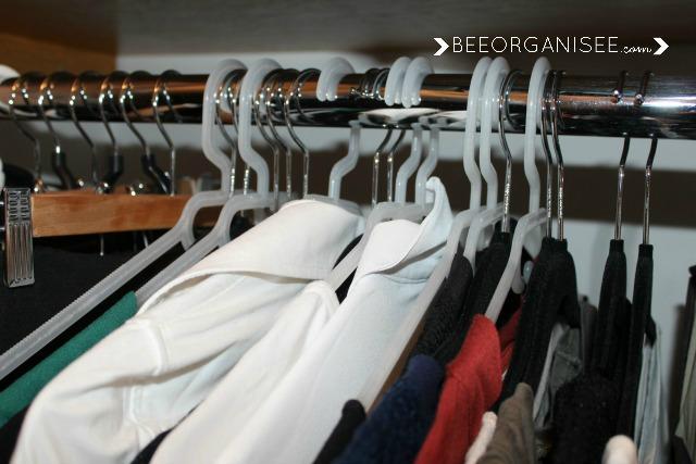 une m thode pour faire le tri dans sa garde robe bee organis e. Black Bedroom Furniture Sets. Home Design Ideas
