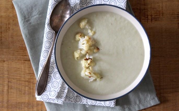 Geroosterde bloemkool soep