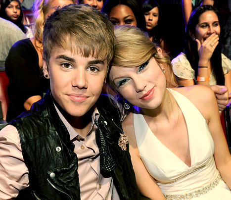 Justin Bieber Gets with Taylor Swift