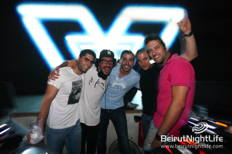 DJ Sacha Muki Kills it at White Beirut