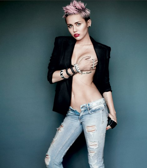 Rihanna to Miley Cyrus: Let's Make Out!!