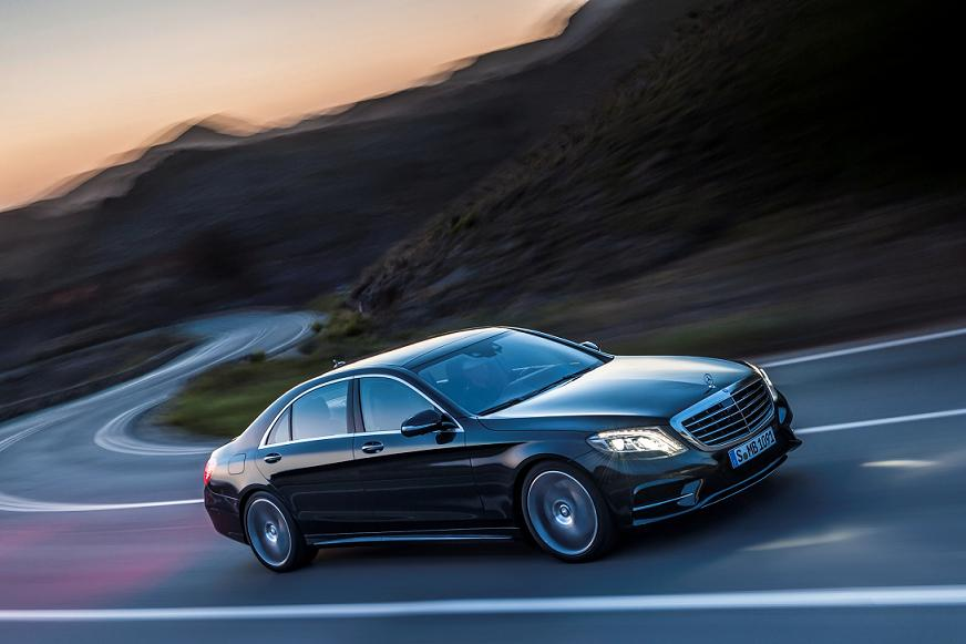"""""""Mercedes-Benz"""" Amazes the World Again with its All-New 'S-Class' – the Best Car Ever!"""